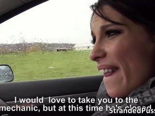 Sexo en el coche con un desconocido