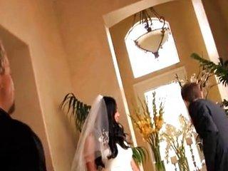 Follada con el vestido de novia