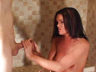 Paja en la ducha sin ninguna prisa