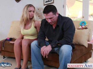 Visita relampago de la mujer del vecino
