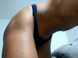 Mulatita se desnuda gratis por webcam